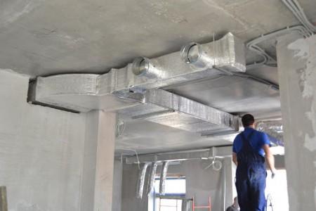Монтаж вентиляции здания